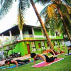yoga-vietnam1